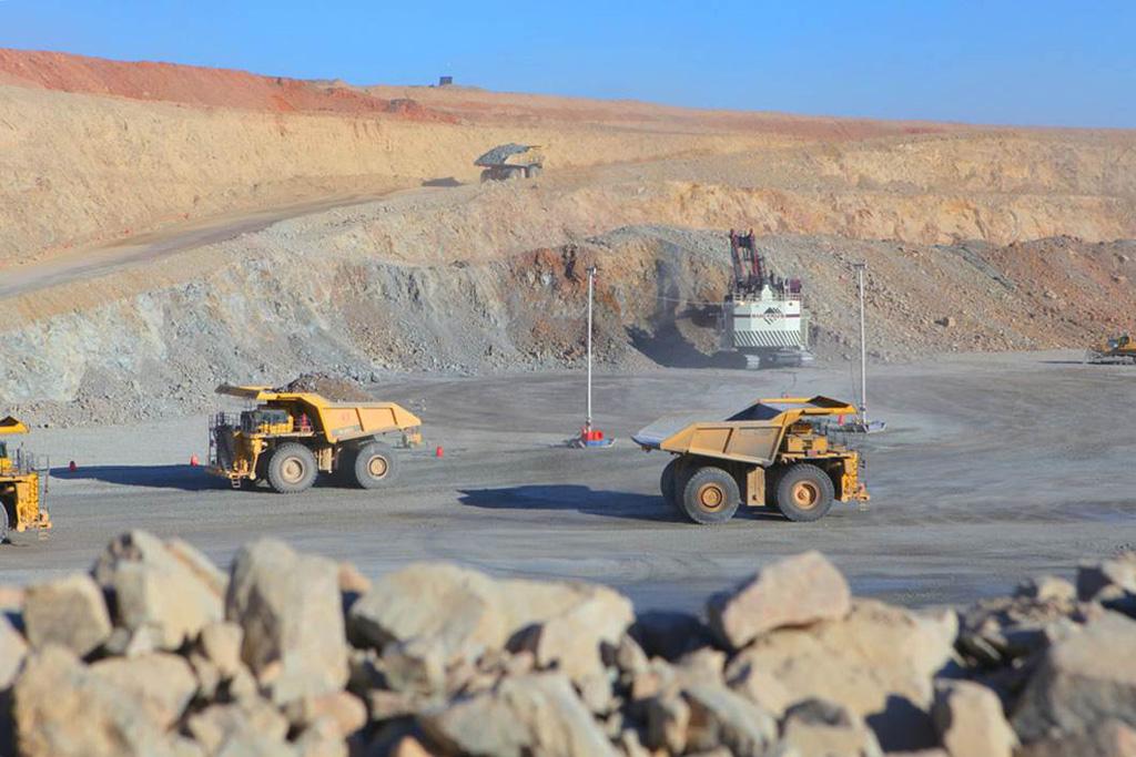 mongolia_mining_oyutolgoi1